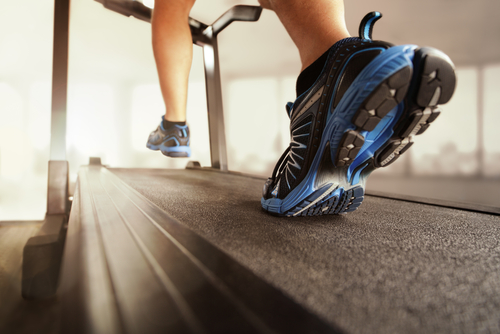 Treadmill Incline Training Improves Walking Speed of Parkinson's Patients, Study Finds