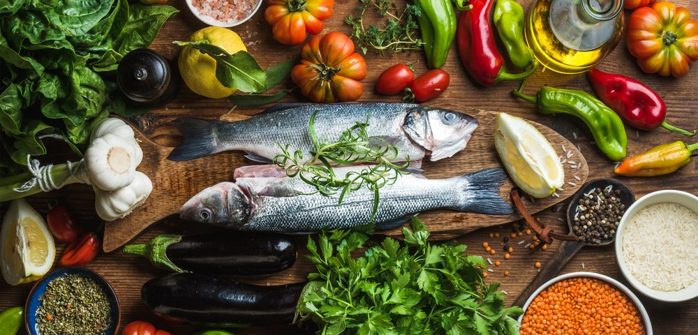 Holding to Mediterranean Diet Lowers Parkinson's Risk for Women, Study Finds
